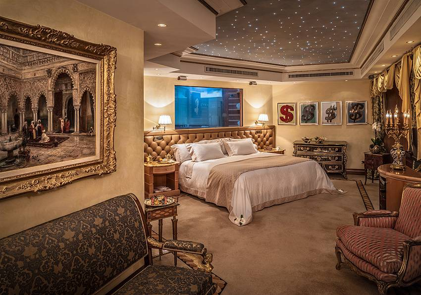 Penthouse Suite bedroom rome hotel cavalieri